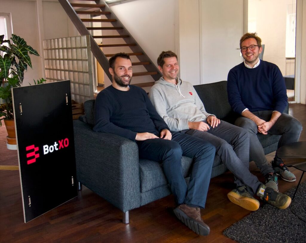 Morten Primdahl, CTO of Zendesk, meeting with Certainly's founders to discuss their Danish AI chatbot.